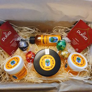 akirma luxe gift set, mothers day gifts by black-owned business, mothers day gifts under £30