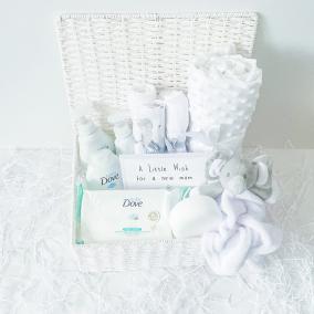 Neutral Deluxe Essentials Baby Gift Hamper Basket