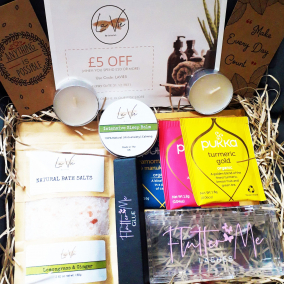 Birthday Gift Box – FlutterMe Lashes – LaVie by Lateefah – Destress Box-Pamper- Hug In A Box – Care Package – Pamper Hamper – Bath Salts – Friend – LIMITED EDITION
