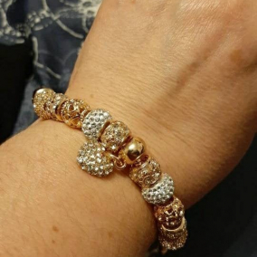 Gold Tone Crystal Heart Charm Bracelet